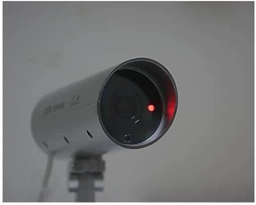 防犯カメラのLED点灯写真