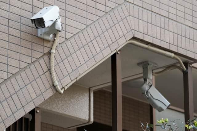 防犯カメラの配線の画像